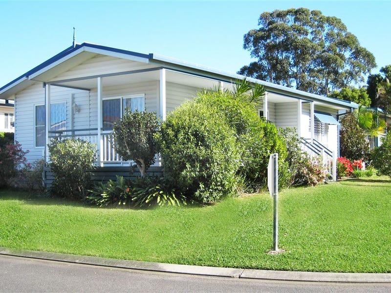 8/1 Greenmeadows Drive, Dahlsford Village, Port Macquarie, NSW 2444