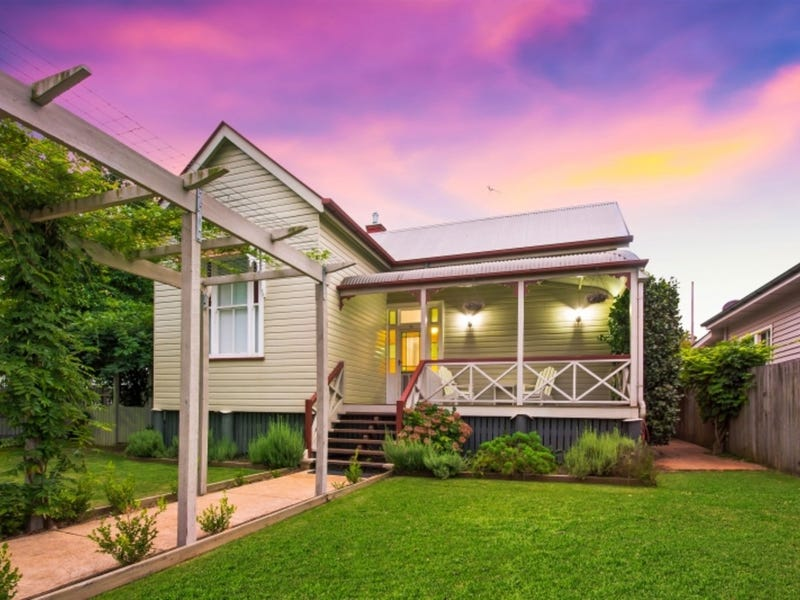 31 Eleanor Street, East Toowoomba, Qld 4350