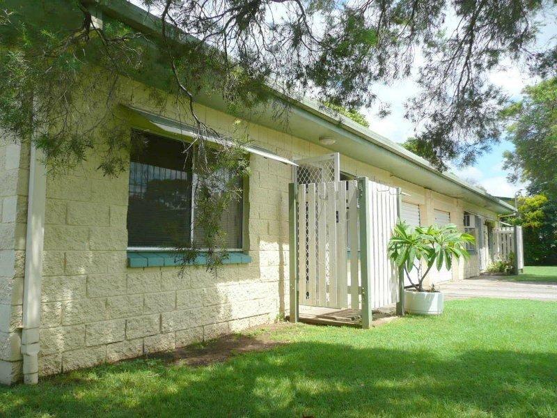 1 & 2/1 Webber Avenue, Kawana, Qld 4701