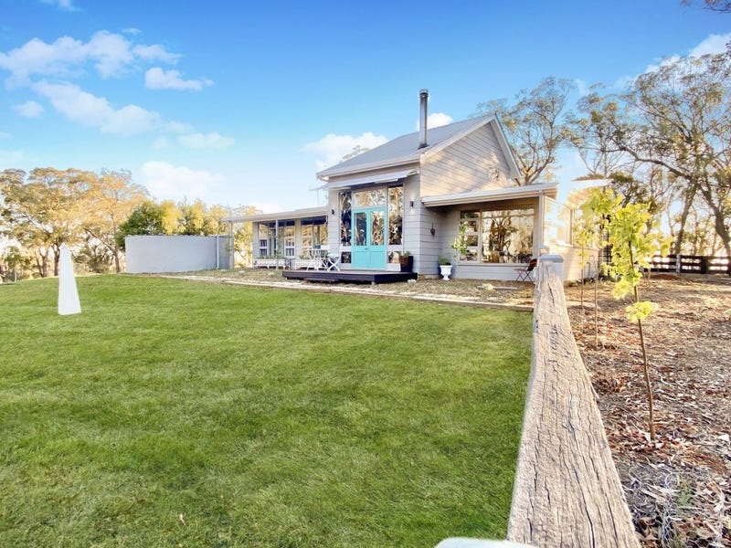 244 Rocky River Road, Rocky River, NSW 2358