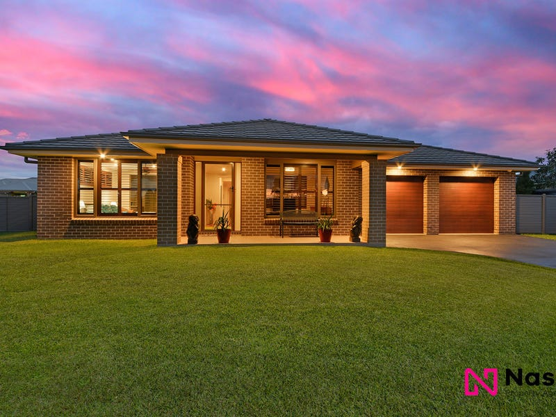 7 Twin Creeks Drive, Luddenham, NSW 2745