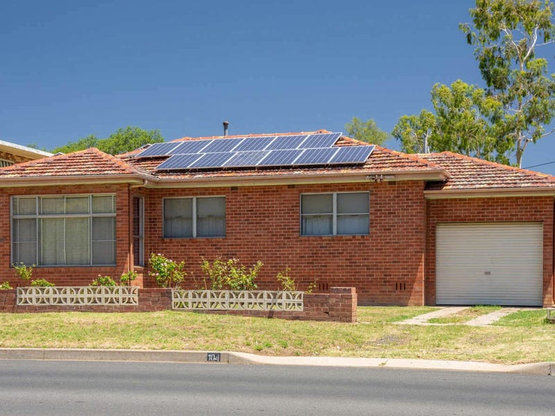 104  KENT ST, South Tamworth, NSW 2340