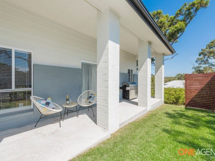 4 Bentwing Parade, Murrays Beach, NSW 2281