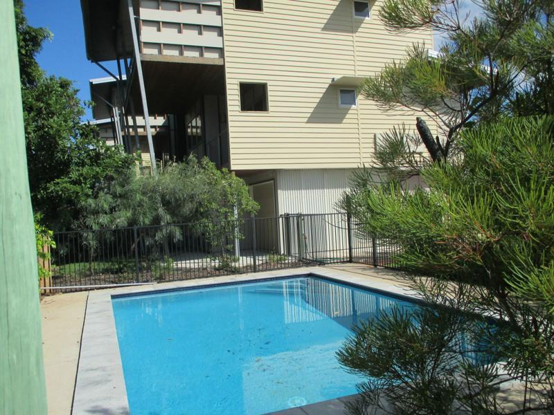 2/1 Hussar Ct, Woodgate