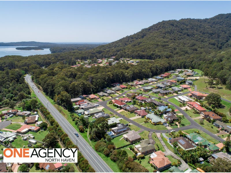 9 Admirals Circle, Lakewood, NSW 2443