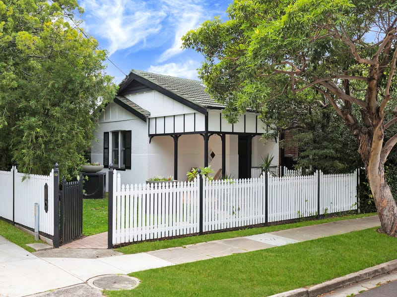 10 Fitzroy Street, Mayfield, NSW 2304