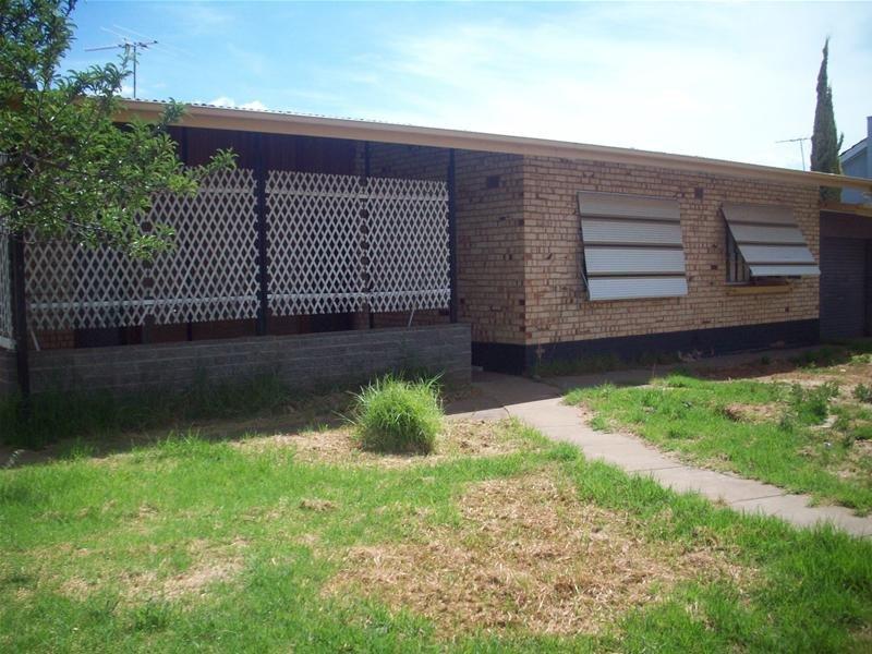 32 Broughton Road, Elizabeth Vale, SA 5112