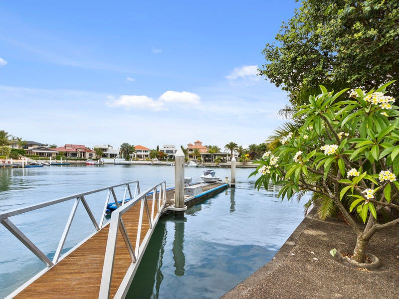 13 Brittanic Crescent, Sovereign Islands, Qld 4216