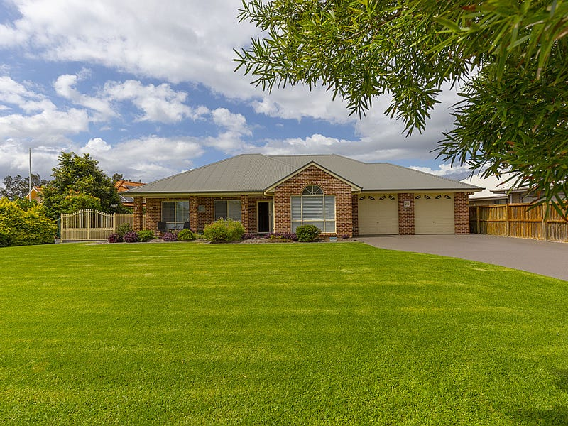 20 Leeward Circuit, Tea Gardens, NSW 2324