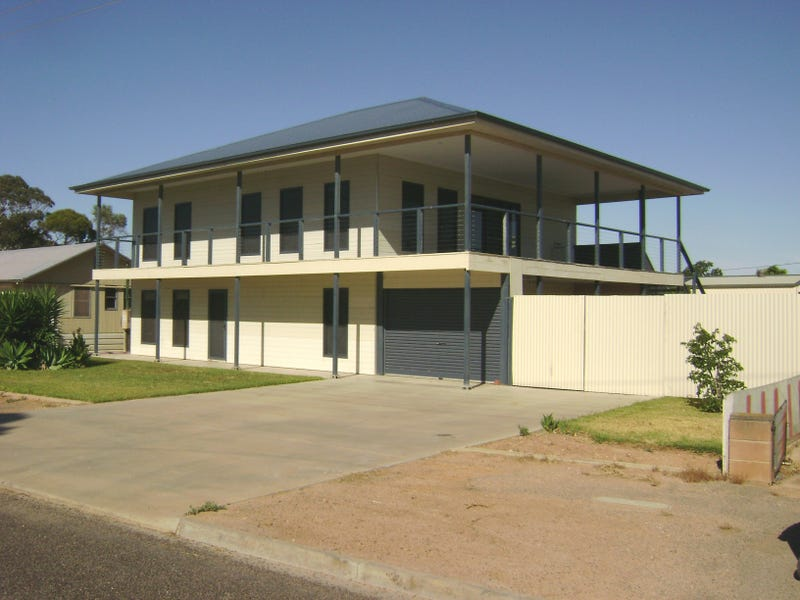4 Wellington Road, Cowell, SA 5602