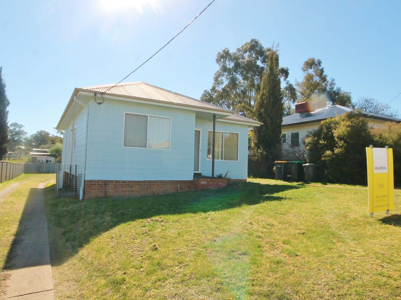 27 Musgrave Street, Young, NSW 2594