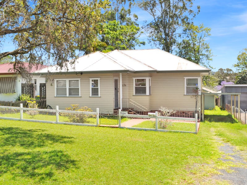 17 Tolmie Street, South Toowoomba, Qld 4350