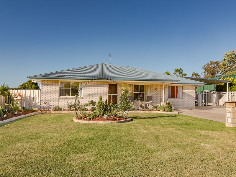 6 Lee Court, Crows Nest, Qld 4355