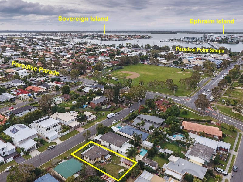 10 Plover Avenue, Paradise Point, Qld 4216