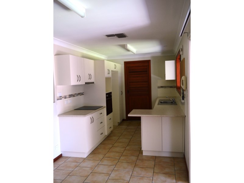 9 Iris Street, Gilgandra, NSW 2827