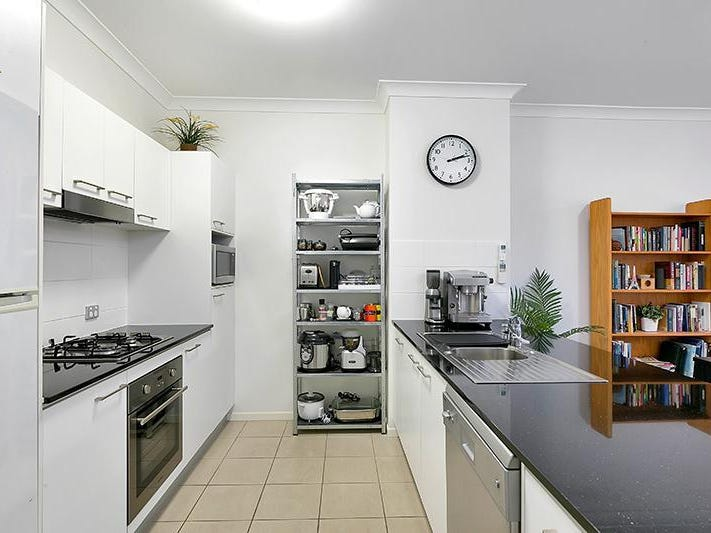 01/37 Playfield Street, Chermside, Qld 4032