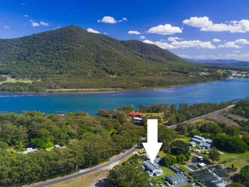 3 Beach Street, Dunbogan, NSW 2443