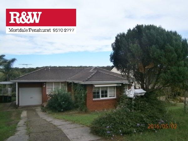 37 Waterside Pde, Peakhurst Heights, NSW 2210