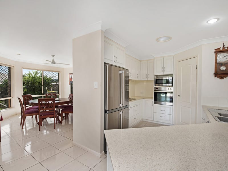 19 Tea Tree Court, Gowrie Junction, Qld 4352