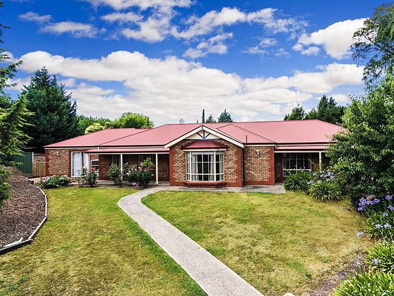 24 Dalmeny Drive, Mount Barker, SA 5251