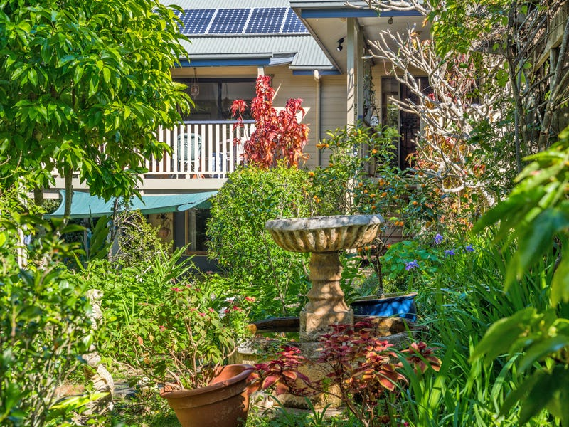 2 Parrot Tree Place, Bangalow, NSW 2479