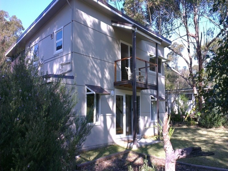 20 Pine Street, Bendalong, NSW 2539