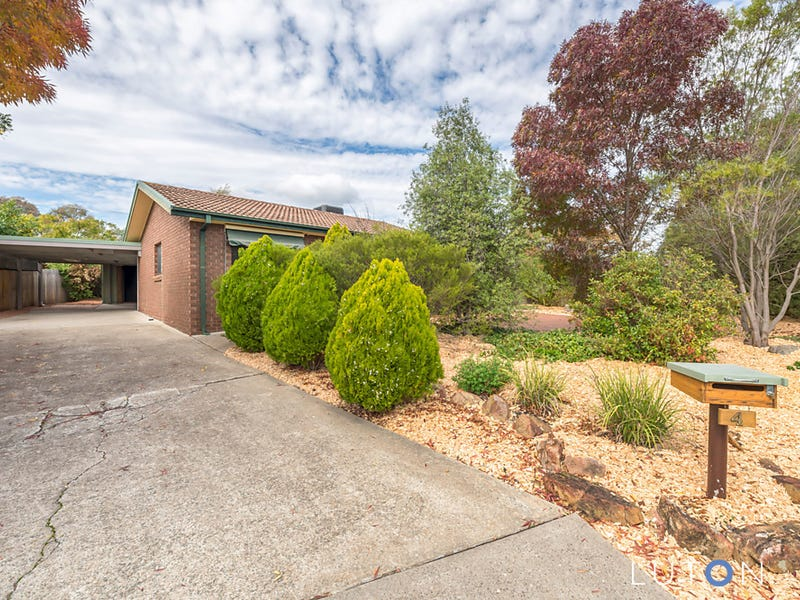 4 Hain Place, Gilmore, ACT 2905