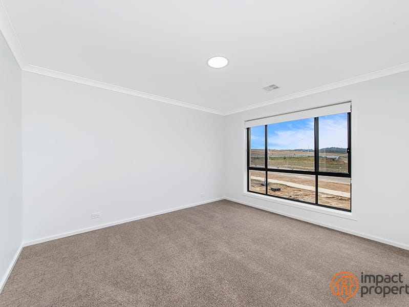 135 Slim Dusty Circuit, Moncrieff, ACT 2914