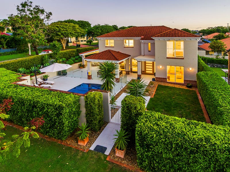 29 Coneyhurst Cr, Carindale, Qld 4152