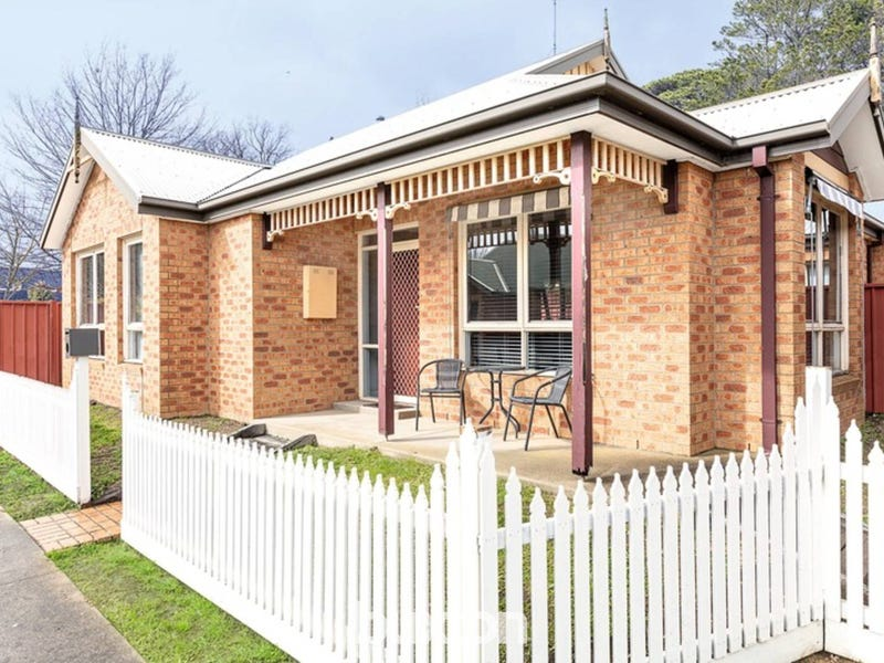 3/5 Castle Court, Ballarat East, Vic 3350 - House for Sale