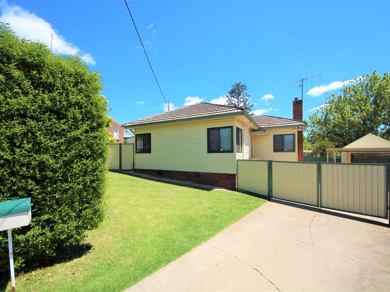5 Moodie Place, West Bathurst, NSW 2795