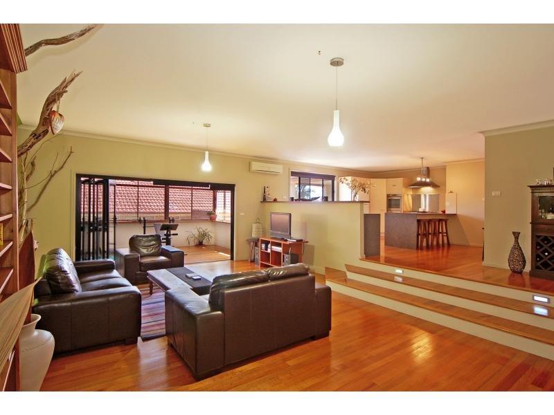25 Coachwood Avenue, Worrigee, NSW 2540