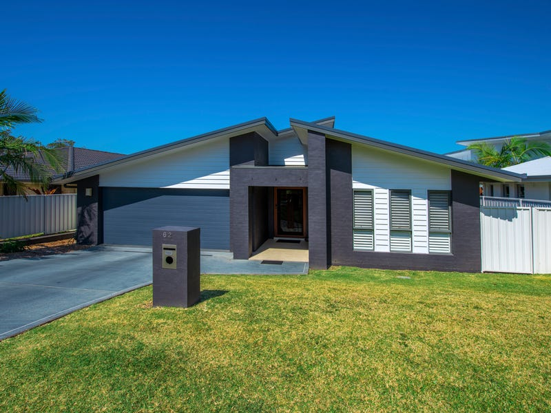 62 Admiralty Drive, Safety Beach, NSW 2456