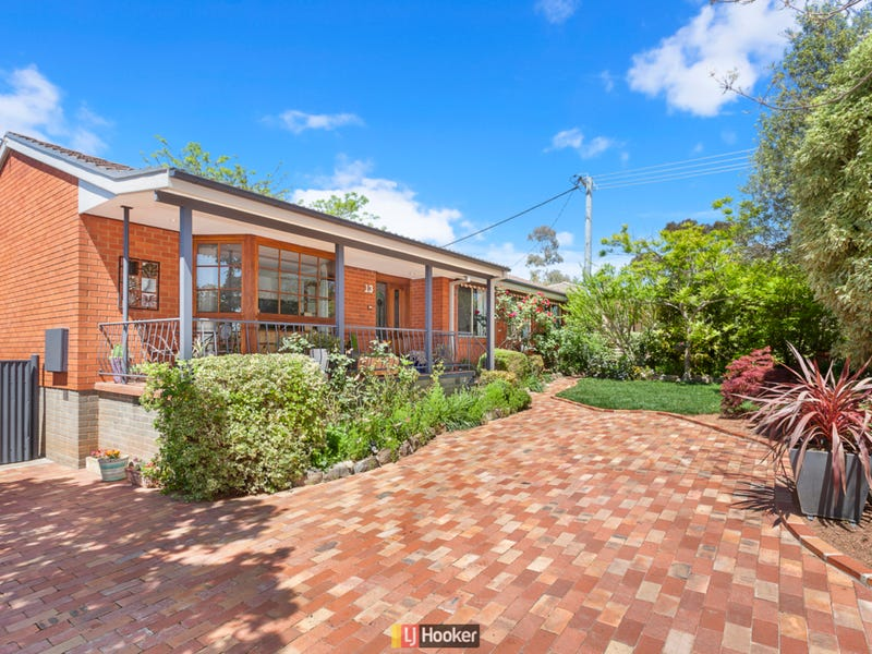 13 Diggles St, Page, ACT 2614