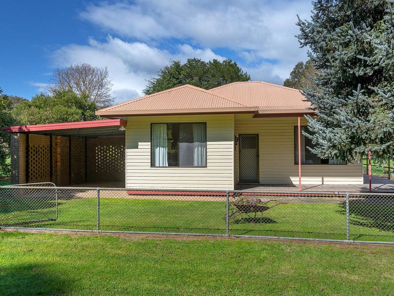 32 O'Connell Road, Mitta Mitta, Vic 3701