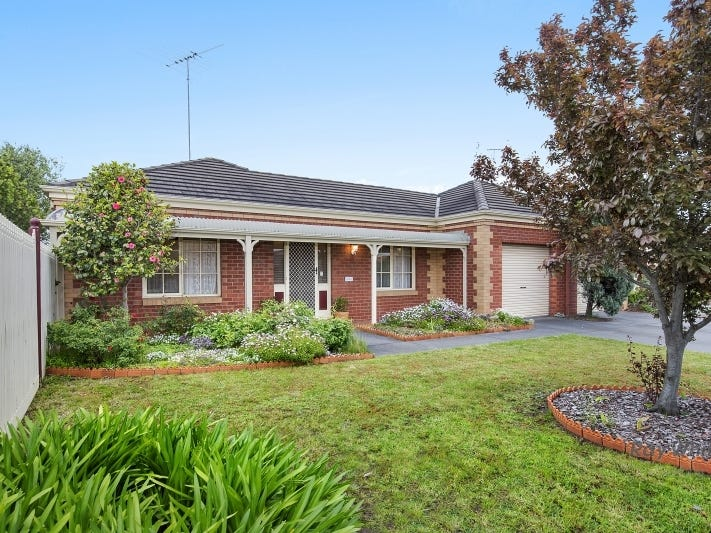 2/11 Kerrie Court, Grovedale, Vic 3216