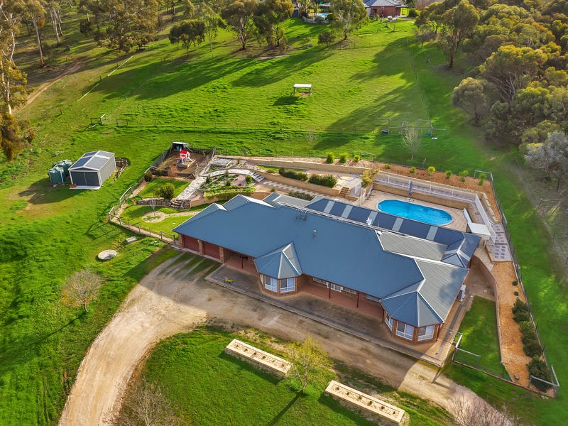 7 William Gilbert Avenue, Cockatoo Valley, SA 5351