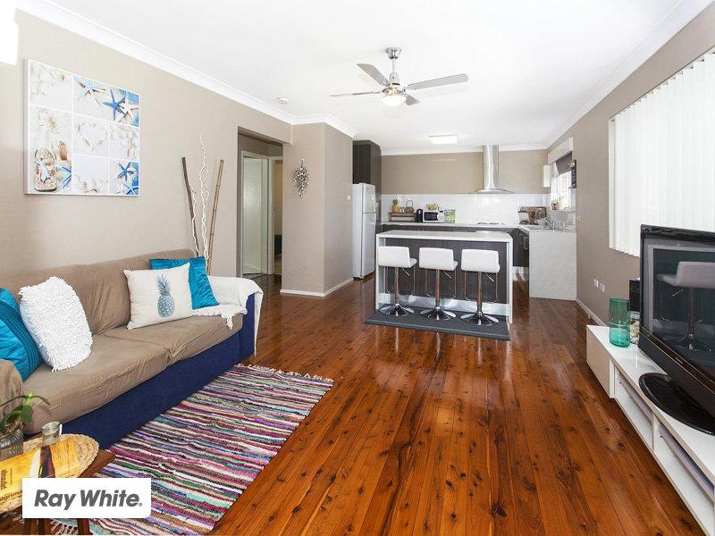 1/120 Riverside Drive, Kiama Downs, NSW 2533