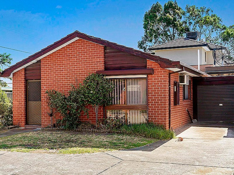 1/34 Coulstock Street, Epping, Vic 3076