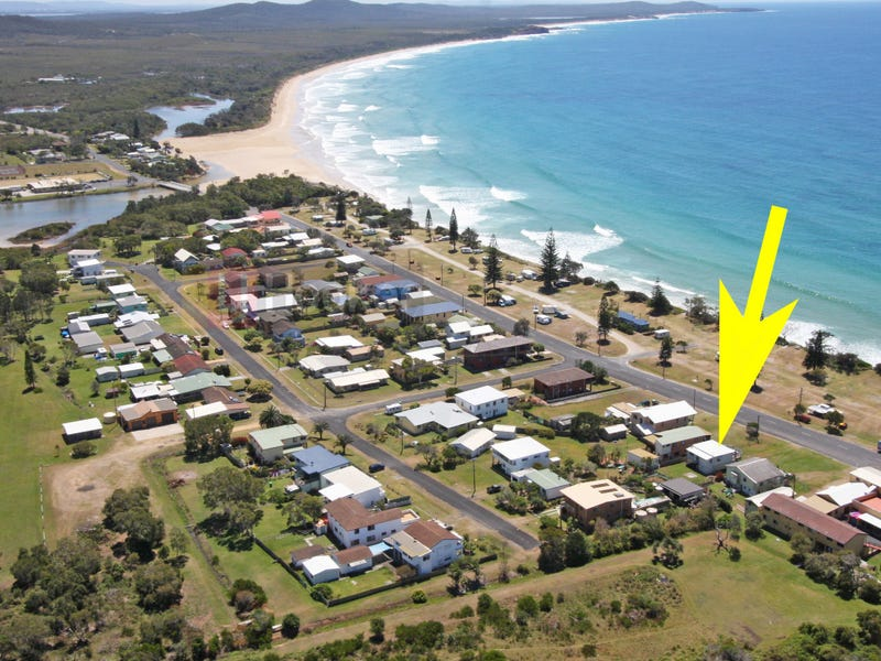 88 Ocean Road, Brooms Head, NSW 2463