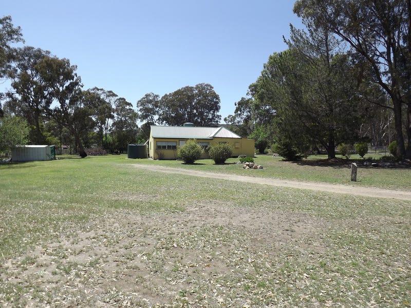 16 Gap Street, Emmaville, NSW 2371