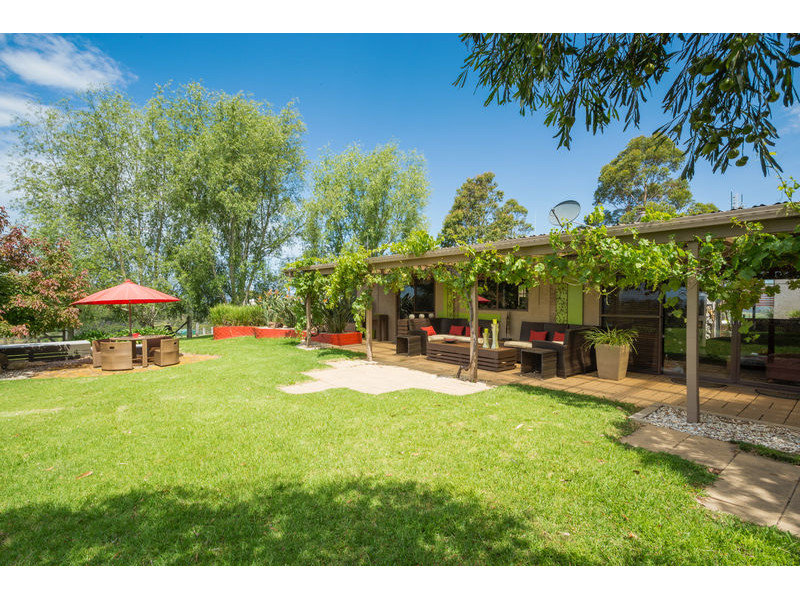 51 McGraths Road, Lochiel, NSW 2549