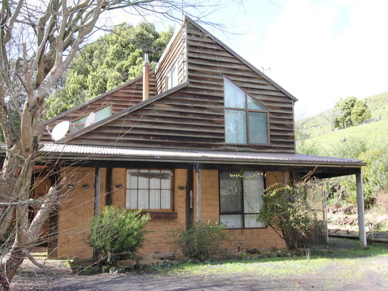 5 Greta Road, Upper Natone, Tas 7321