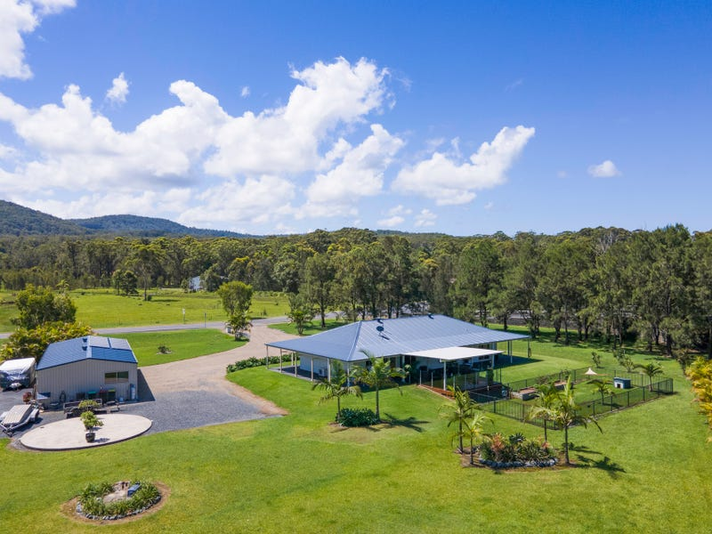 310 Heritage Drive, Moonee Beach, NSW 2450