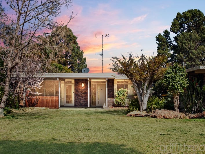 63 Ross Crescent, Griffith, NSW 2680