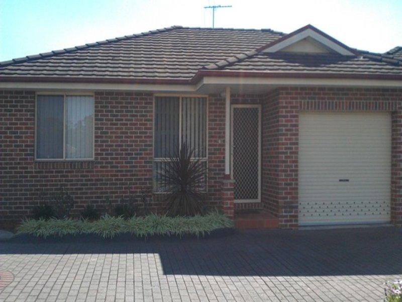 2/19 Azelea Avenue, Macquarie Fields, NSW 2564