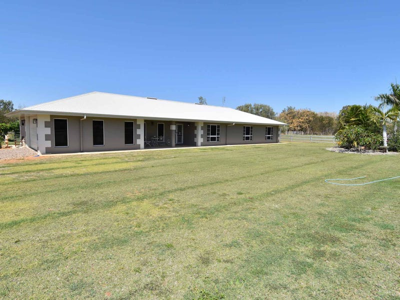 6 FAIRWAY COURT, Charters Towers City, Qld 4820