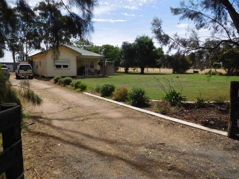 800 Cosgrove - Caniambo Rd, Cosgrove South, Vic 3631