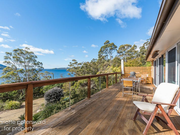 7 Albert Road, Coningham, Tas 7054