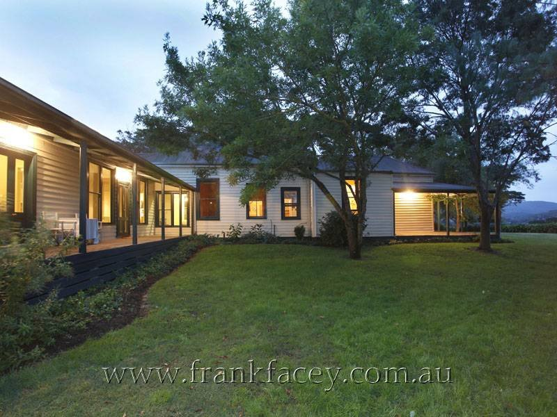 265 Old Sale Road, Garfield North, Vic 3814